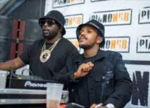 Kabza De Small x DJ Maphorisa – Top Dawg Session Live Mix (Episode 3)