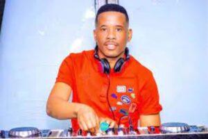 DJ Stokie – Story To House & Piano Vol 3 Mix